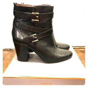 Beautiful Louise et Cie boots, size 10, worn once.